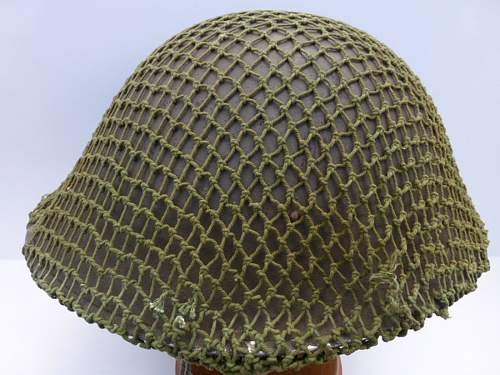 Click image for larger version.  Name:ww2britishhelmets 2992_1400x1050.jpg Views:38 Size:282.2 KB ID:502188