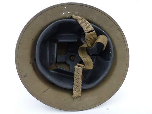 Click image for larger version.  Name:ww2britishhelmets 3010_1400x1050.jpg Views:10 Size:163.2 KB ID:505419