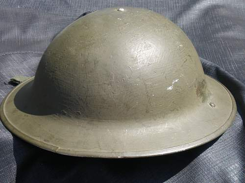 question for the expert on canadian ww2 helmet