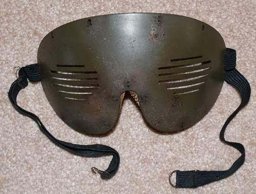 Click image for larger version.  Name:flak goggles.jpg Views:156 Size:101.0 KB ID:534480