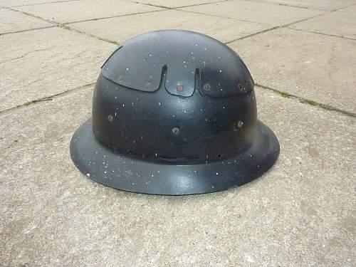 Mystery Fibre helmet help needed...