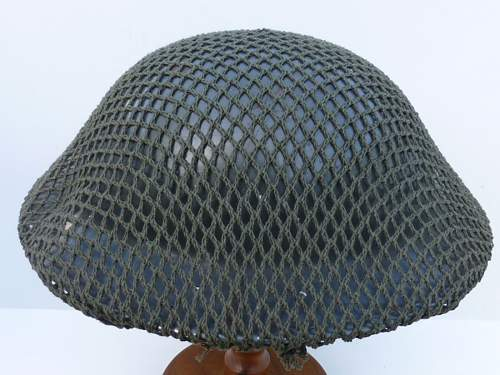 Click image for larger version.  Name:ww2britishhelmets 3649_1400x1050.jpg Views:58 Size:263.5 KB ID:562403