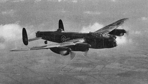 Click image for larger version.  Name:UpwalthamLancasterBomber.jpg Views:149 Size:35.6 KB ID:590190