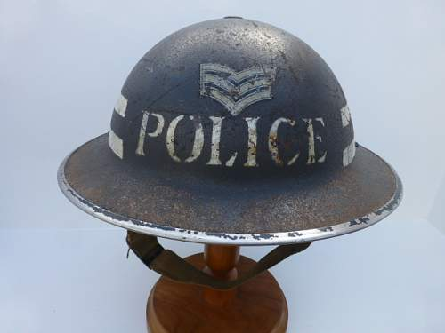 Click image for larger version.  Name:ww2britishhelmets 2710.jpg Views:43 Size:178.0 KB ID:595266