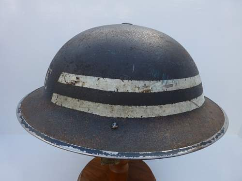 Click image for larger version.  Name:ww2britishhelmets 2711.jpg Views:42 Size:166.5 KB ID:595267