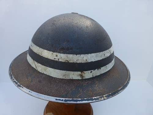 Click image for larger version.  Name:ww2britishhelmets 2712.jpg Views:38 Size:162.0 KB ID:595268