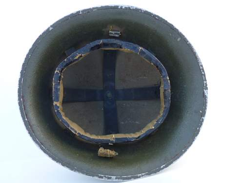 Click image for larger version.  Name:ww2britishhelmets 3057.jpg Views:39 Size:175.0 KB ID:613638