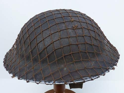 Click image for larger version.  Name:ww2britishhelmets 3839_1600x1200.jpg Views:46 Size:279.5 KB ID:625596