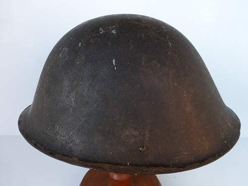 Click image for larger version.  Name:ww2britishhelmets 4204_1600x1200.jpg Views:44 Size:254.5 KB ID:630470