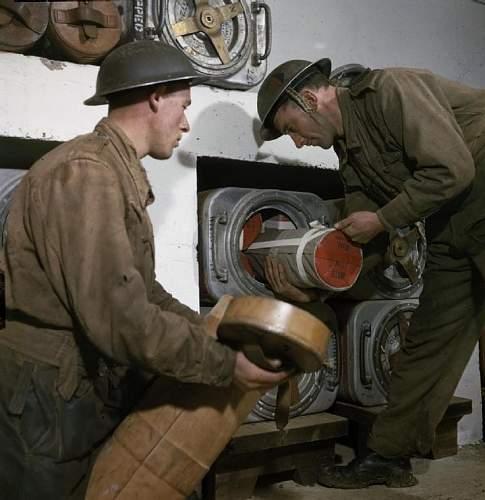 Artillery helmets