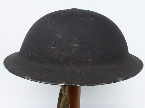 Click image for larger version.  Name:ww2britishhelmets 2279.jpg Views:20 Size:229.9 KB ID:665066