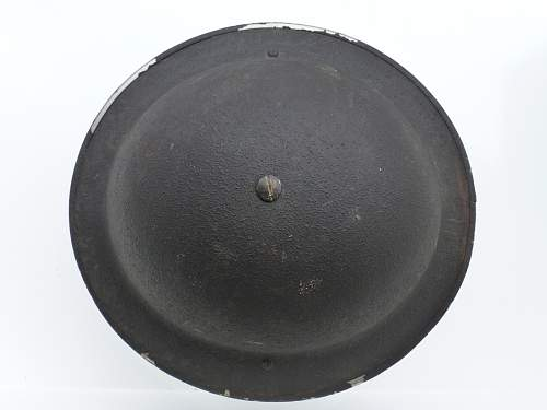 Click image for larger version.  Name:ww2britishhelmets 2284.jpg Views:18 Size:249.6 KB ID:665070