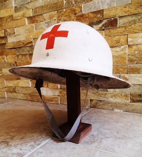 Identifying a US Civil Defense helmet