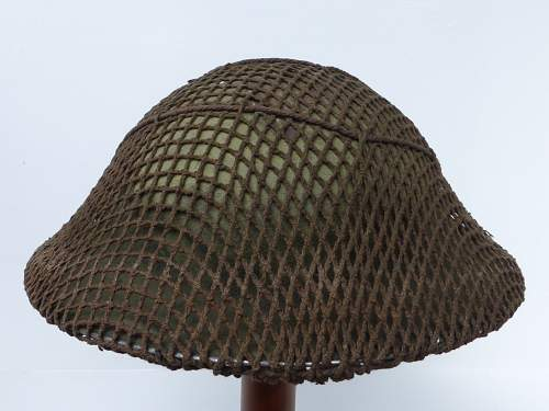 Click image for larger version.  Name:ww2britishhelmets 4462_1600x1200.jpg Views:28 Size:137.3 KB ID:675221