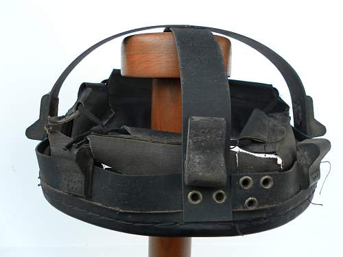 Click image for larger version.  Name:ww2britishhelmets 2120.jpg Views:68 Size:297.1 KB ID:688806