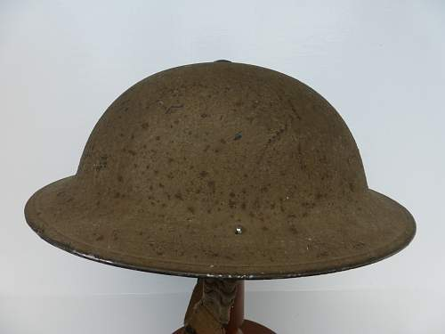 Click image for larger version.  Name:ww2britishhelmets 4667_1600x1200.jpg Views:58 Size:232.3 KB ID:690608