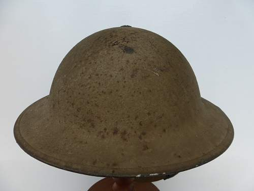 Click image for larger version.  Name:ww2britishhelmets 4668_1600x1200.jpg Views:33 Size:246.1 KB ID:690609
