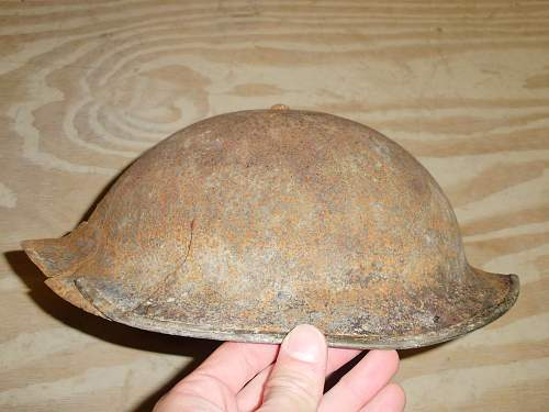 Need Help Identifying helmet from Iraq.......
