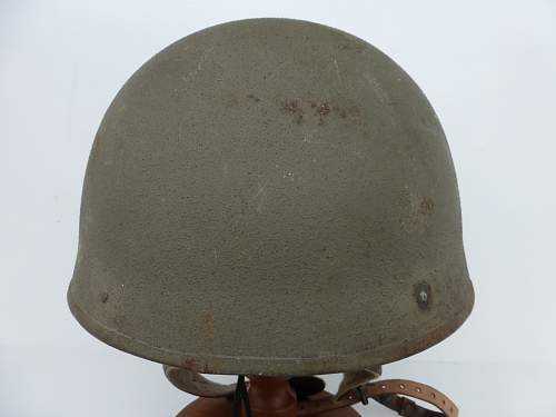 Click image for larger version.  Name:ww2britishhelmets 4742_1600x1200.jpg Views:69 Size:257.6 KB ID:712755