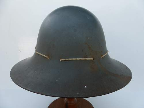 Click image for larger version.  Name:ww2britishhelmets 4820_1600x1200.jpg Views:12 Size:172.9 KB ID:716562