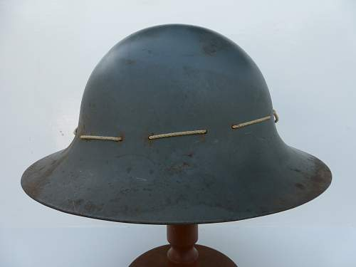 Click image for larger version.  Name:ww2britishhelmets 4821_1600x1200.jpg Views:13 Size:167.7 KB ID:716563