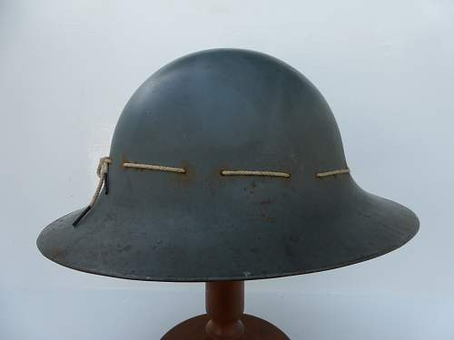 Click image for larger version.  Name:ww2britishhelmets 4823_1600x1200.jpg Views:13 Size:162.6 KB ID:716565