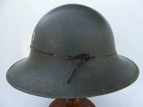 Click image for larger version.  Name:ww2britishhelmets 4835_1600x1200.jpg Views:44 Size:211.4 KB ID:719260
