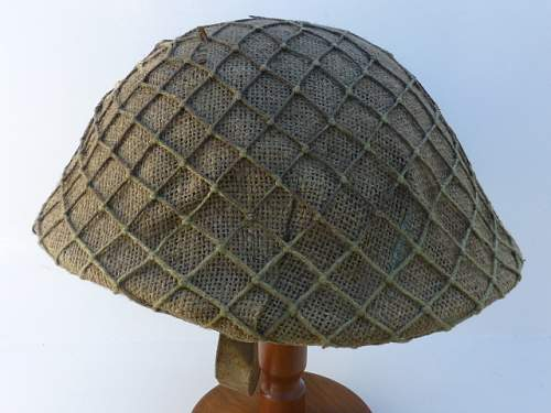 Click image for larger version.  Name:ww2britishhelmets 3041.jpg Views:29 Size:171.5 KB ID:723211
