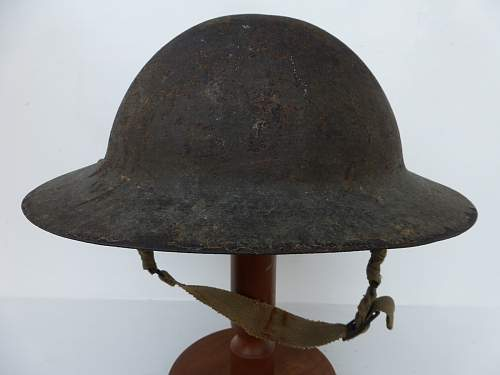 Click image for larger version.  Name:ww2britishhelmets 5182_1600x1200.jpg Views:55 Size:230.6 KB ID:741156