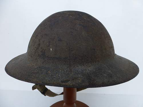 Click image for larger version.  Name:ww2britishhelmets 5184_1600x1200.jpg Views:63 Size:255.3 KB ID:741158