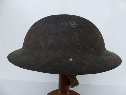 Click image for larger version.  Name:ww2britishhelmets 5185_1600x1200.jpg Views:74 Size:222.2 KB ID:741159