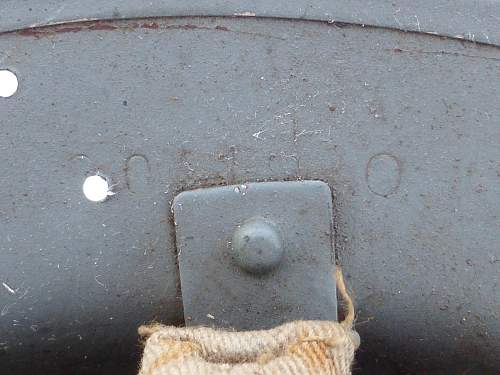 Click image for larger version.  Name:ww2britishhelmets 5211_1600x1200.jpg Views:54 Size:177.1 KB ID:743994
