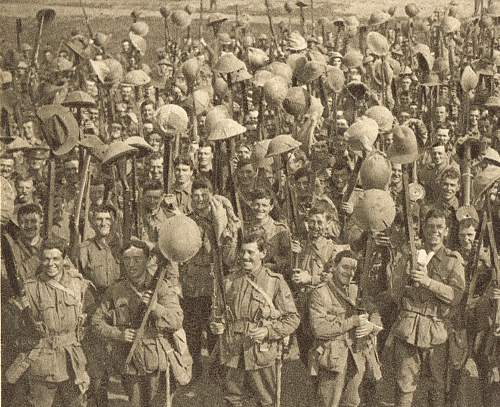 Click image for larger version.  Name:Australians parading for the trenches pc detail 1.jpg Views:31 Size:235.7 KB ID:744005