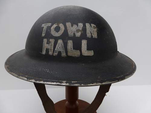 Click image for larger version.  Name:ww2britishhelmets 5228_1600x1200.jpg Views:31 Size:235.9 KB ID:745923