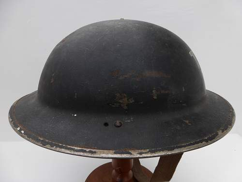 Click image for larger version.  Name:ww2britishhelmets 5231_1600x1200.jpg Views:16 Size:221.2 KB ID:745925