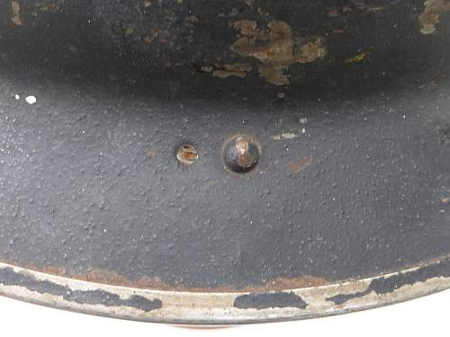 Click image for larger version.  Name:ww2britishhelmets 5234_1600x1200.jpg Views:31 Size:133.8 KB ID:745928