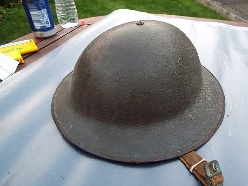 WW1 British Brodie shell with a USA liner?