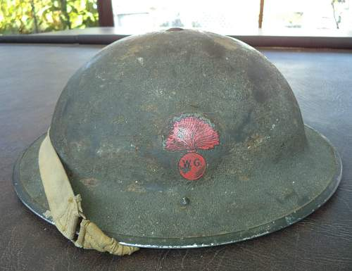 1941 dated C.L./C. flashed to the Winnipeg Grenadiers