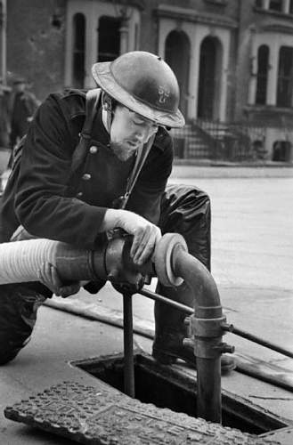 Click image for larger version.  Name:iwm_photo_245.jpg Views:39 Size:90.2 KB ID:751270