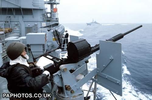 Click image for larger version.  Name:the-falklands-war-royal-navy-1982.jpg Views:24 Size:50.2 KB ID:793227
