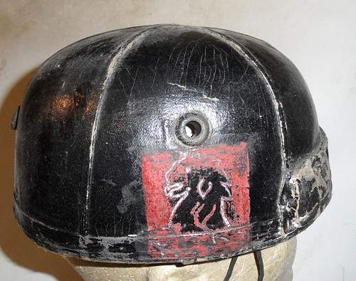 Click image for larger version.  Name:UK Helmet Crash, Royal Tank Regiment left 10AA Div patch.jpg Views:487 Size:228.7 KB ID:802130