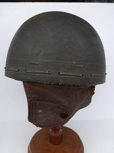 Click image for larger version.  Name:ww2britishhelmets 5854_1600x1200.jpg Views:28 Size:218.5 KB ID:811746