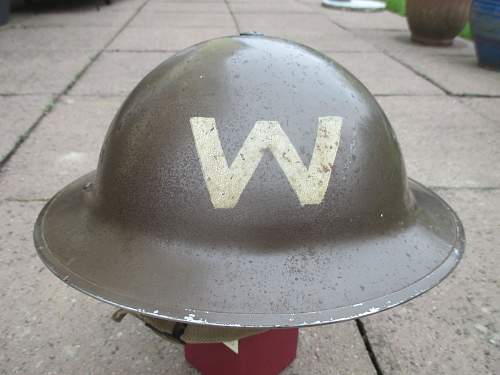 Early home front helmet