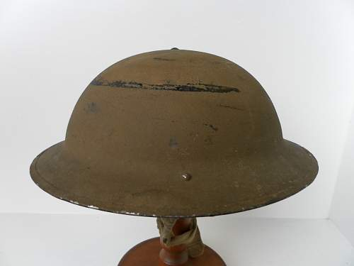 Click image for larger version.  Name:ww2britishhelmets 2005_1400x1050.jpg Views:18 Size:135.8 KB ID:882330