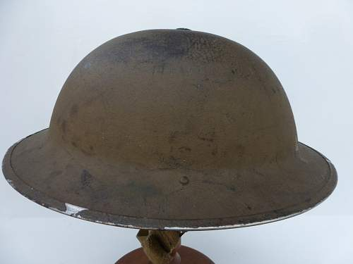 Click image for larger version.  Name:ww2britishhelmets 4771_1600x1200_1400x1050.jpg Views:30 Size:186.1 KB ID:882331
