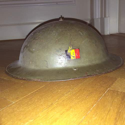 Dutch and Belgian helmets: real?