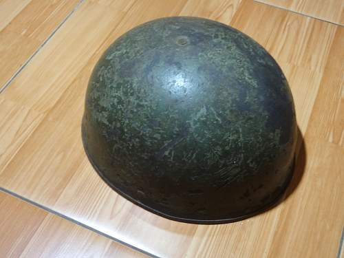 Need help to identify helmet, probably derivative from British paratrooper helmet