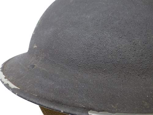 Click image for larger version.  Name:ww2britishhelmets 2282.jpg Views:24 Size:217.0 KB ID:976382