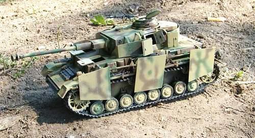 Click image for larger version.  Name:tank n ellie 006.jpg Views:45 Size:115.2 KB ID:119546