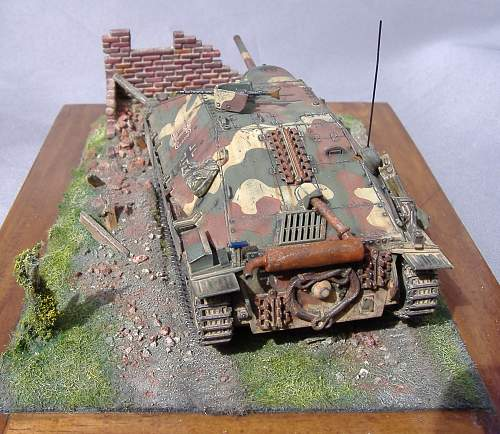 Hetzer Tank destoyer, 1/48 scale.